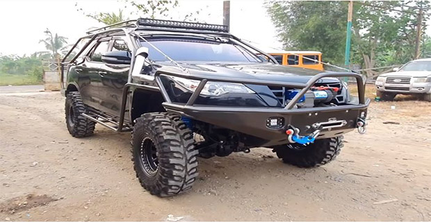 Modifikasi Fortuner Off-Road Style
